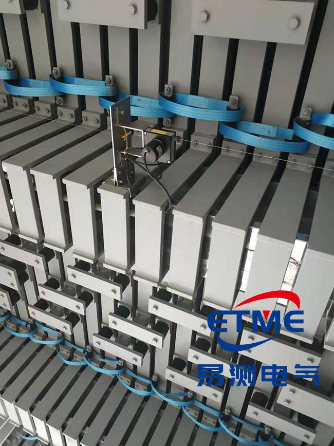 港珠澳大桥使用拉绳位移传感器丈量桥面链接缝
